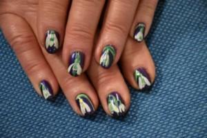Snowdrop nail art