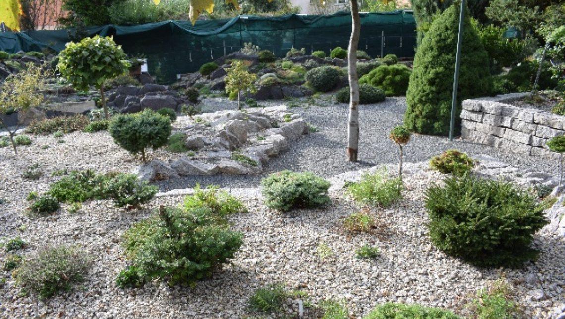 Jiri Papousek garden Prague